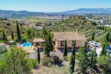 Casa rural en Málaga - Cubo's Casa Mallorquín