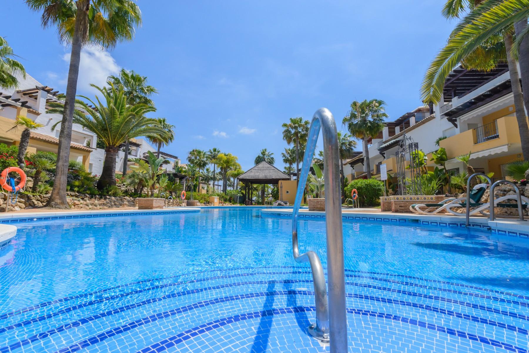 Apartment In Marbella   Apartamento Arenas De Marbella B/A ...
