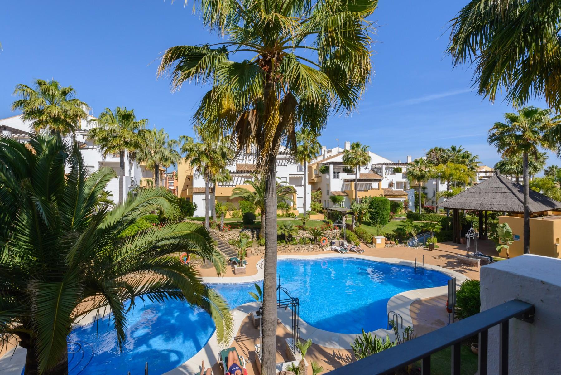 Apartment In Marbella   Apartamento Arenas De Marbella 1/A ...