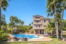 Villa in Alhaurin de la Torre - Cubo's Villa Dos Reyes